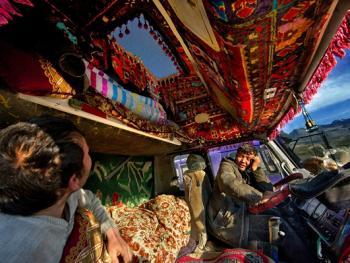 中国哈萨克族牧民的冬牧场生活08