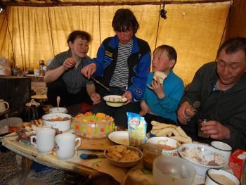 雅库茨克的游牧家庭14