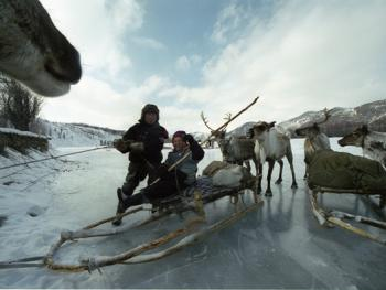 雅库茨克的游牧家庭