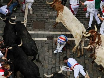 圣费尔明奔牛节06