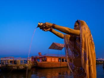 印度教的恒河祈祷08