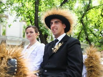 本耶夫奇人的小麦崇拜11