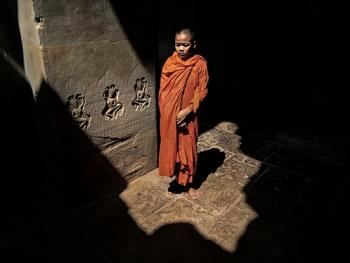 柬埔寨僧侣的袈裟03