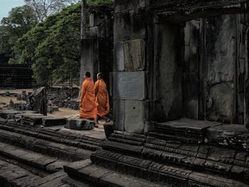 柬埔寨僧侣的袈裟09