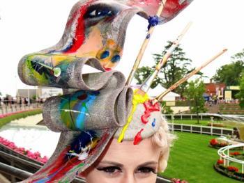 阿斯科特赛马会上的女士帽子02