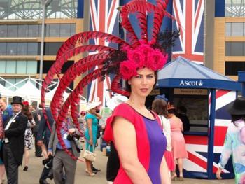 阿斯科特赛马会上的女士帽子05