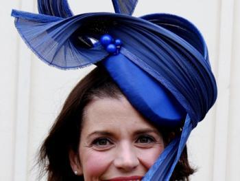 阿斯科特赛马会上的女士帽子06