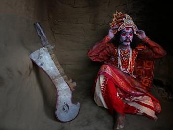 印度神话人物的装扮过程12