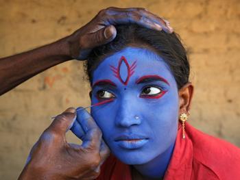 印度神话人物的装扮过程