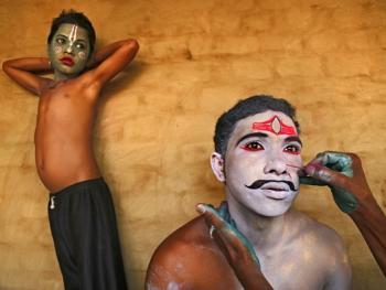印度神话人物的装扮过程09