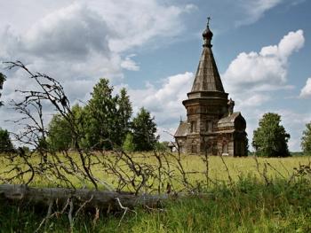 俄罗斯北部的木质教堂07