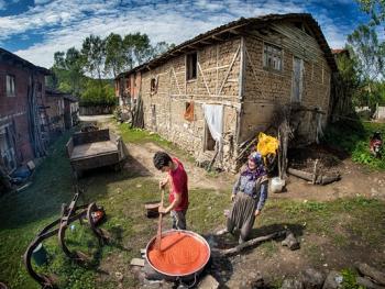 乌鲁达山村的传统生活12
