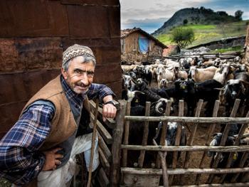 乌鲁达山村的传统生活08