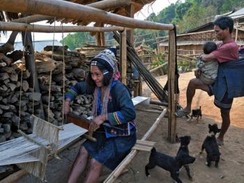 老挝的阿卡部落10