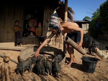 老挝的阿卡部落12
