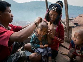 老挝的阿卡部落13