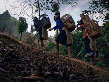 老挝的阿卡部落01