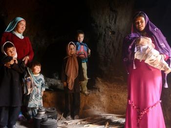 巴米扬洞穴社区生活07