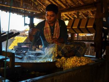 印度手工丝织业6