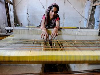 印度手工丝织业