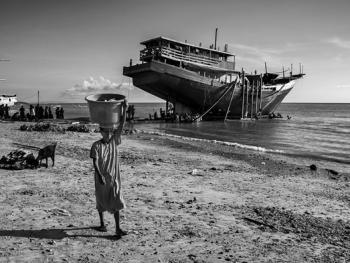 印尼造木船11