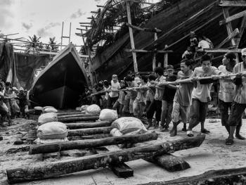 印尼造木船13