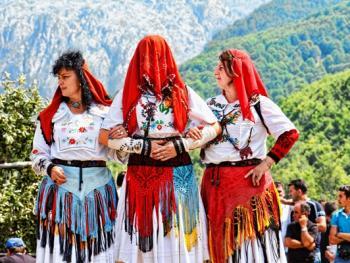 阿尔巴尼亚北部山区的节日