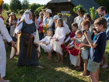 立陶宛圣母升天节07