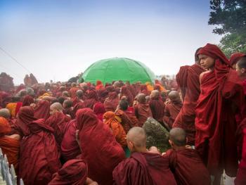 缅甸大金石崇拜2