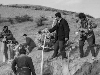黄土地上的葬礼13
