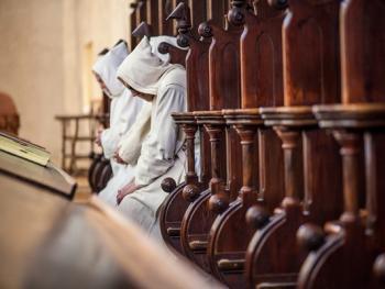 隐修院的葬礼06