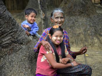 缅甸清凉涂面塔纳卡12