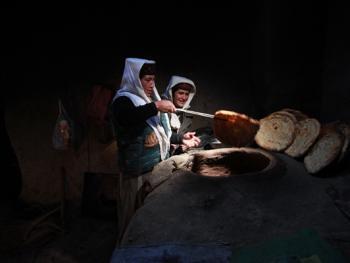 生活在红其拉甫的塔吉克人09