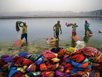 亚穆纳河畔的洗衣工2
