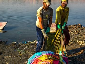 亚穆纳河畔的洗衣工3