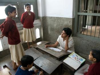 印度格鲁库中的女性09