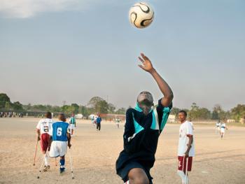 塞拉利昂残疾人的体育生活10