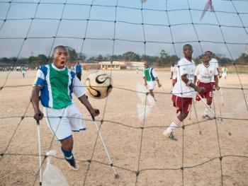 塞拉利昂残疾人的体育生活13
