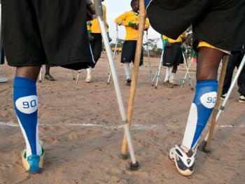 塞拉利昂残疾人的体育生活06