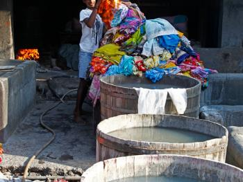 孟买千人洗衣厂02