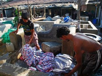 孟买千人洗衣厂03