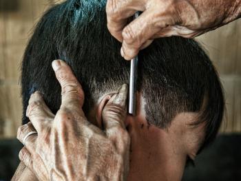 平挂岛的理发师05
