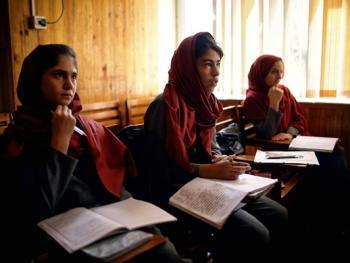 阿富汗的重建之路02