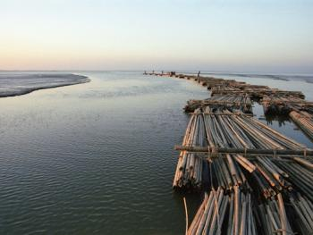 孟加拉放竹排10