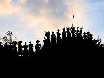 雅瓦纳瓦印第安人的庆典01