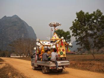 老挝葬礼12