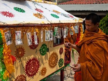 老挝葬礼14