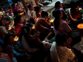 老挝葬礼07