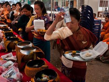 老挝葬礼09
