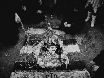 烈士哈撒贾尼归葬式14